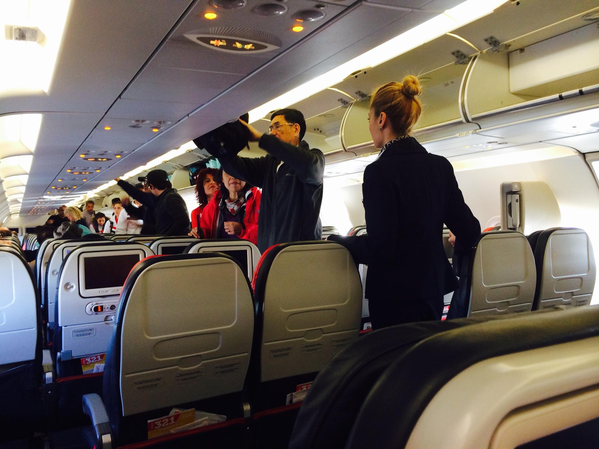 飞机座位不是很多
