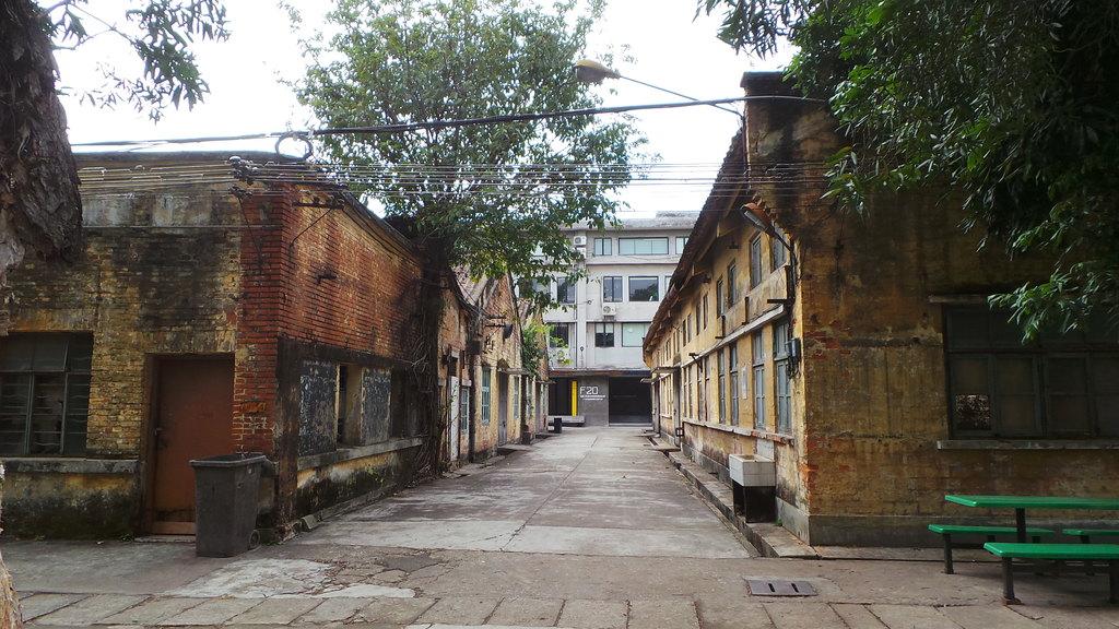 广州红砖厂 --- 岁月和时光在这里放慢了脚步,艺术和激情在这里蔓延和图片