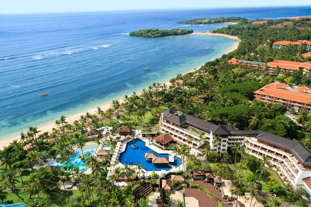 巴厘岛特色美食之一:金巴兰海滩bbq