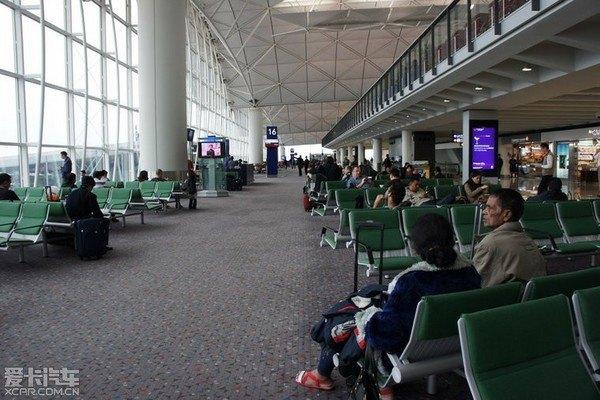 航空公司a332;座位布局:2-4-2
