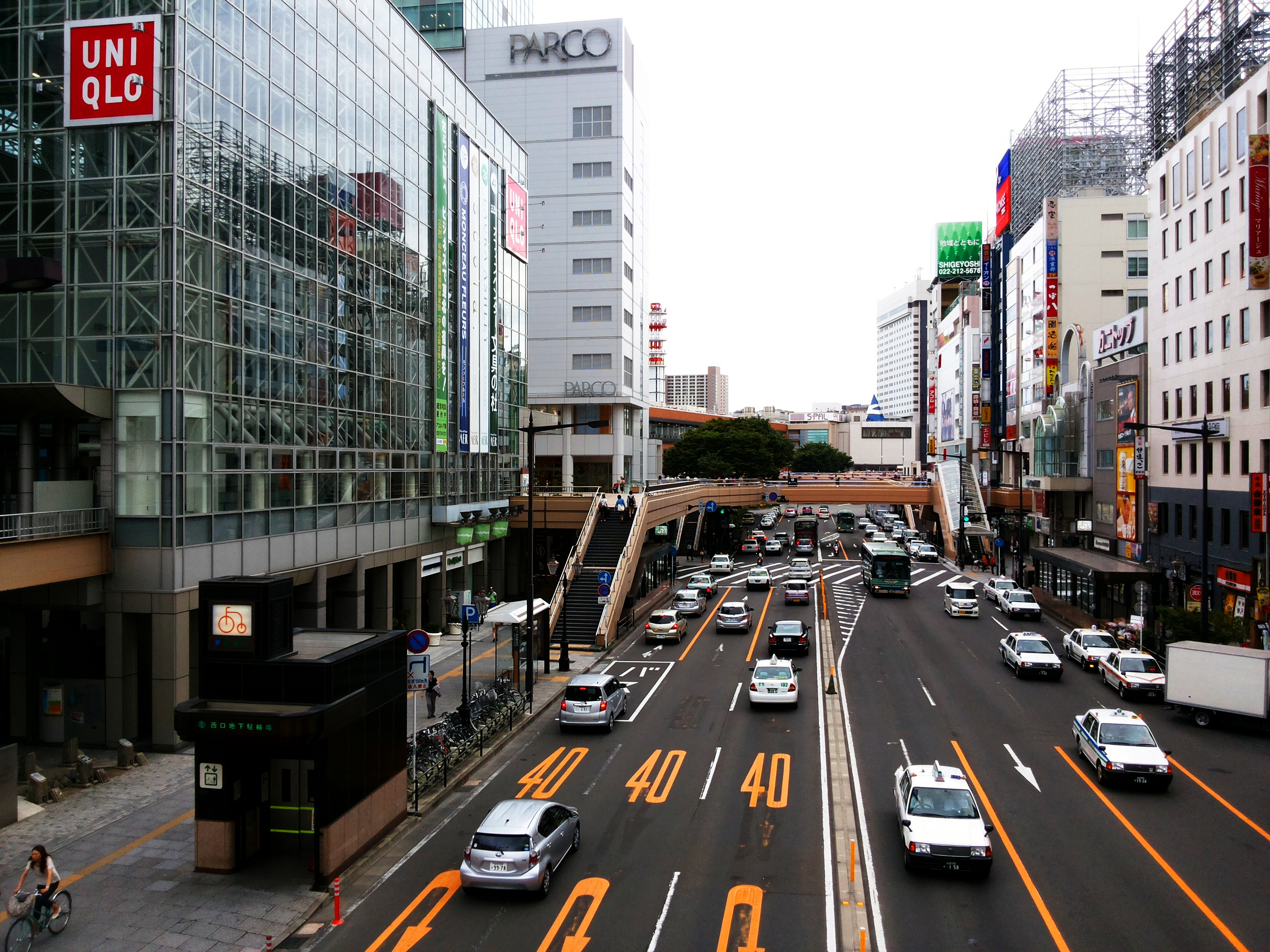 以前每次去日本旅游,基本上到日本中部,2月去了北海道,由于是冬天本人