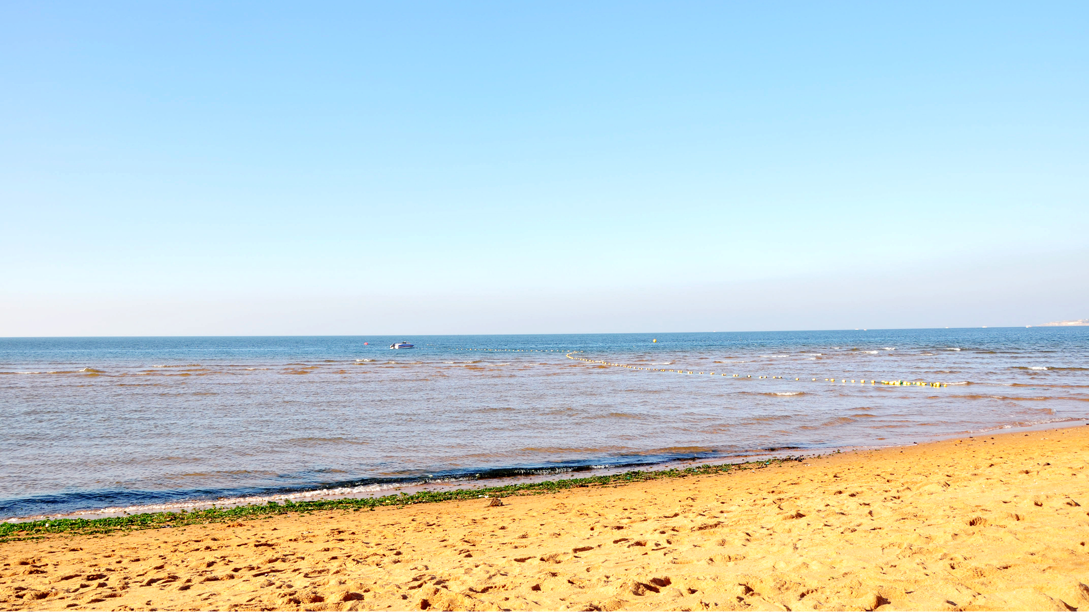 攻略 问答 结伴 周末游 口碑榜 特卖汇  烟台的金沙滩和威海的国际