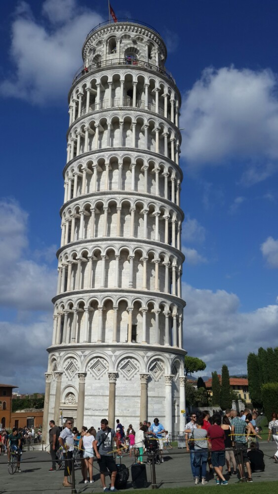 伽利略 比萨斜塔黑白简笔画