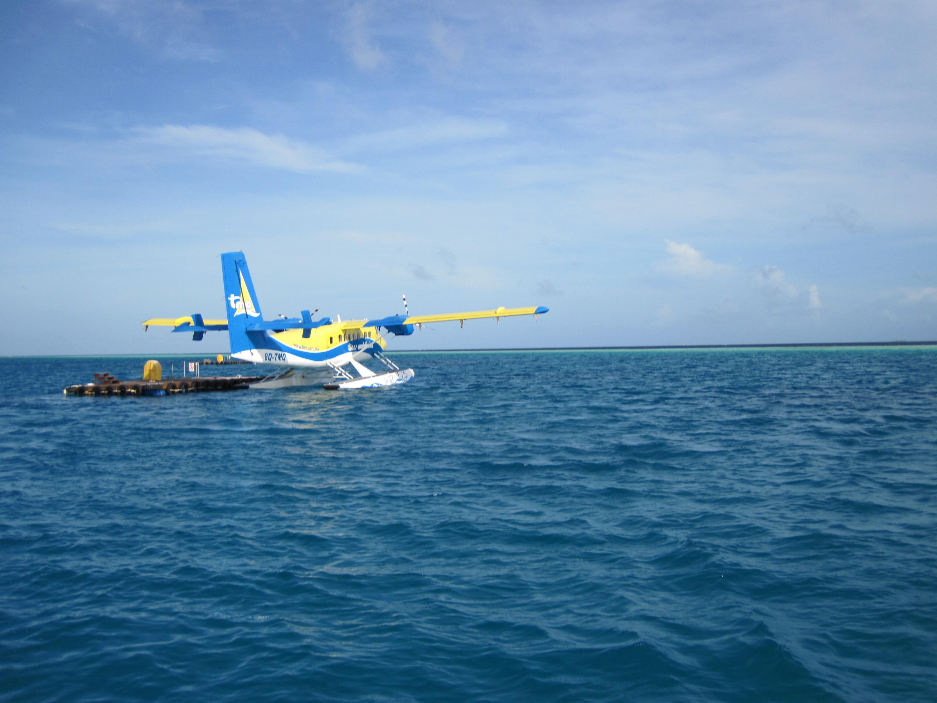 不在马尔代夫,就在去马尔代夫的飞机上