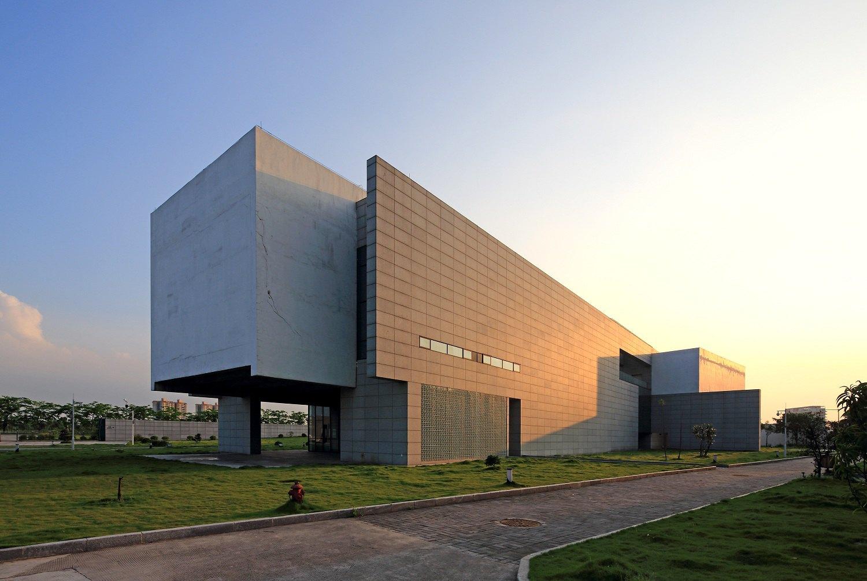 小组 广东私人博物馆之旅  展出的藏品80[%]经国家文物鉴定委员会