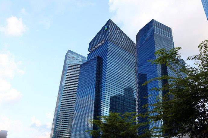 新加坡--金沙酒店主楼无边游泳池!
