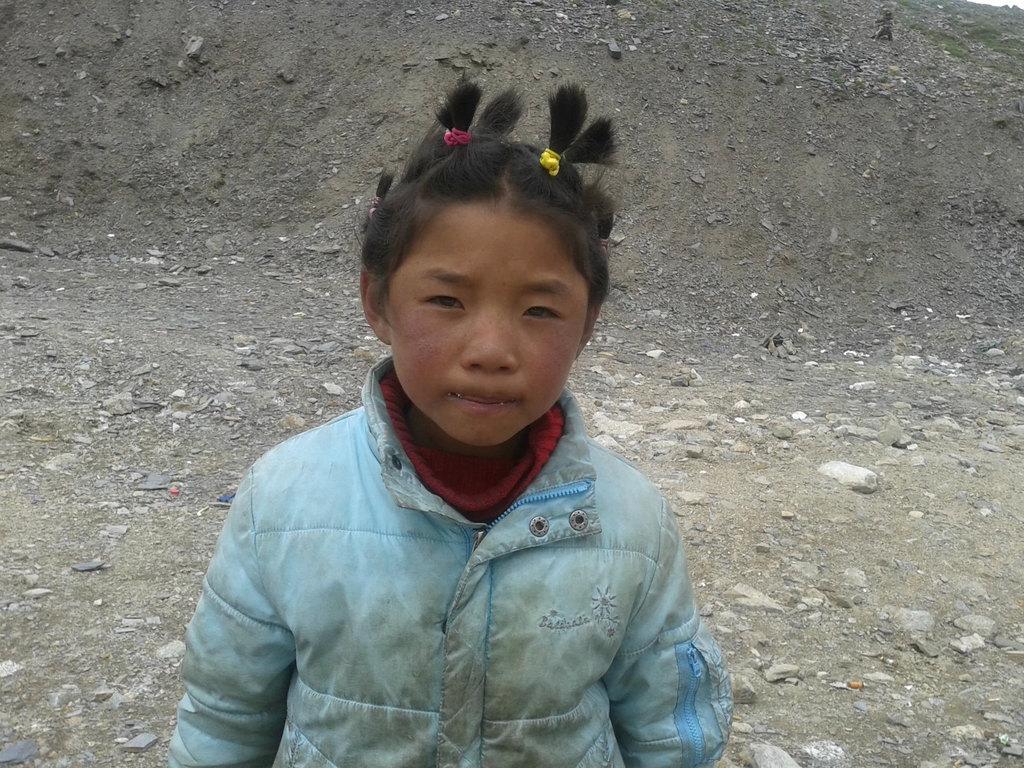 《遇到这样的小孩子就是给几块钱又能算什么呢?