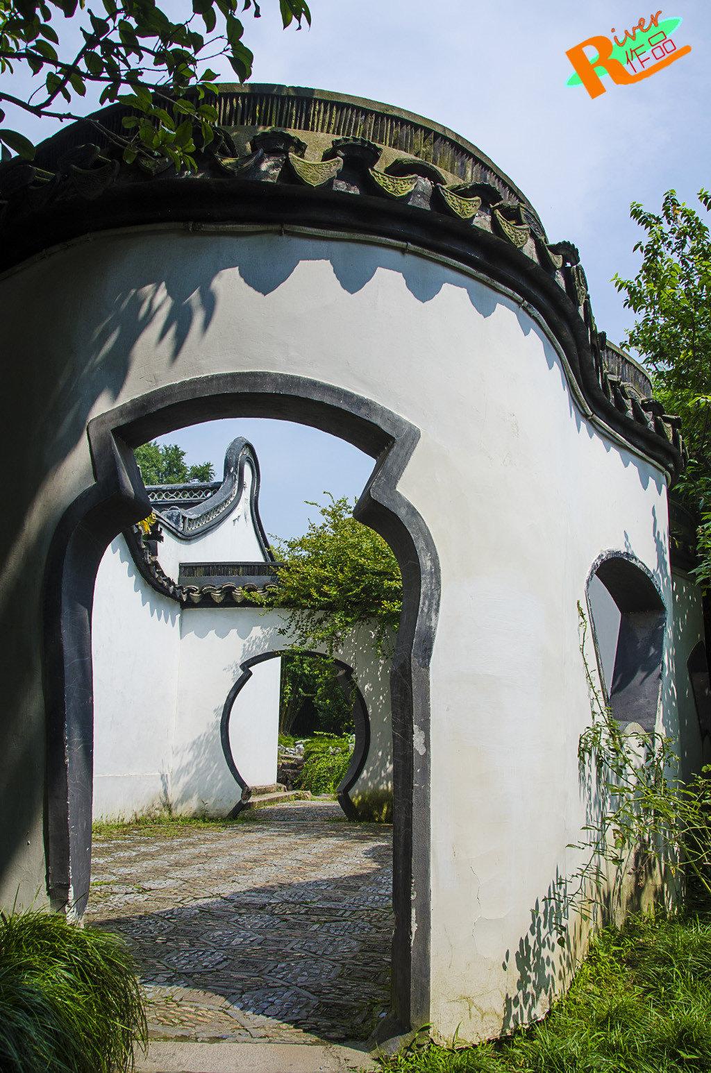 苏州游园林,何必去通辽?江南北宾馆桥情趣图片