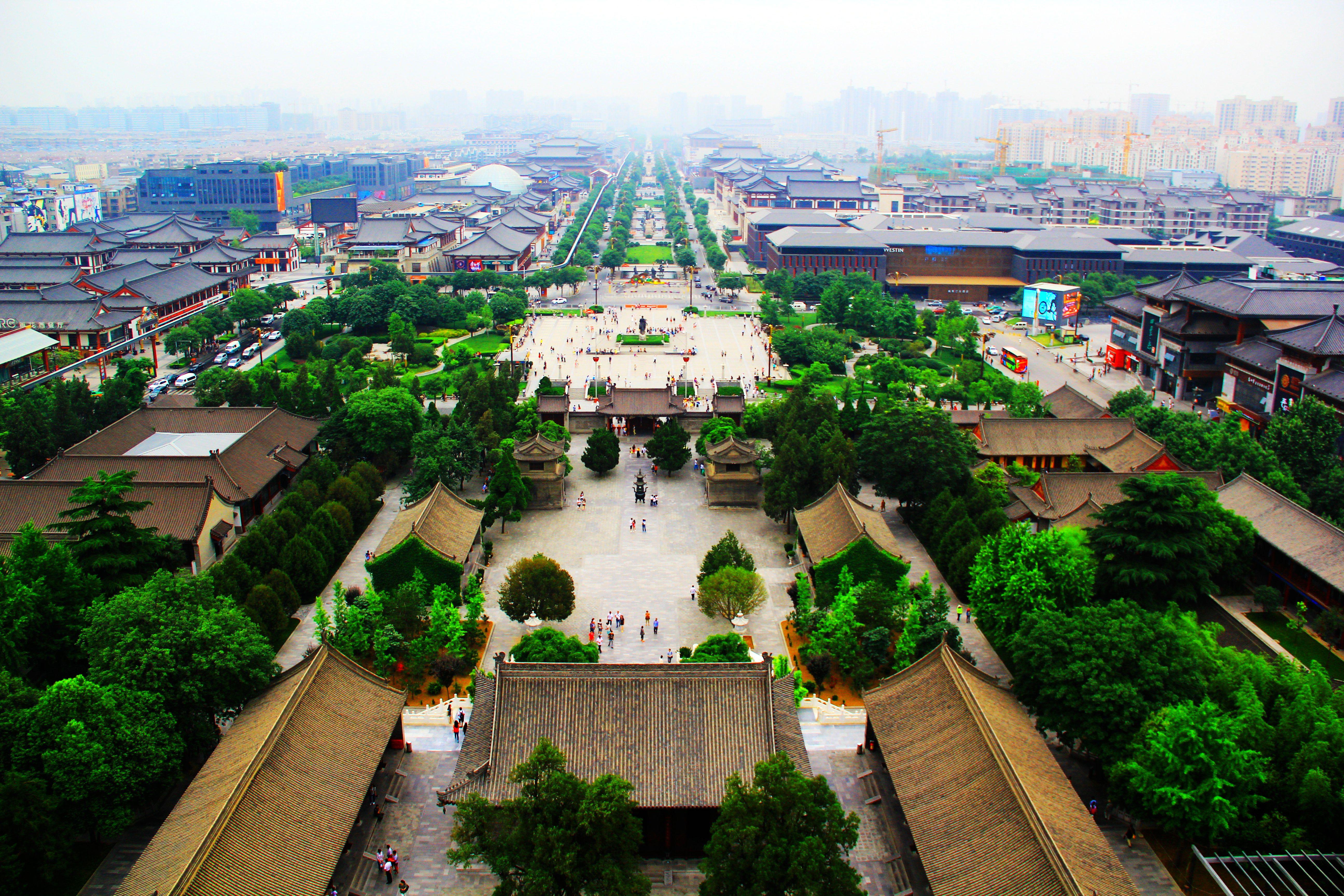 远眺大雁塔南广场