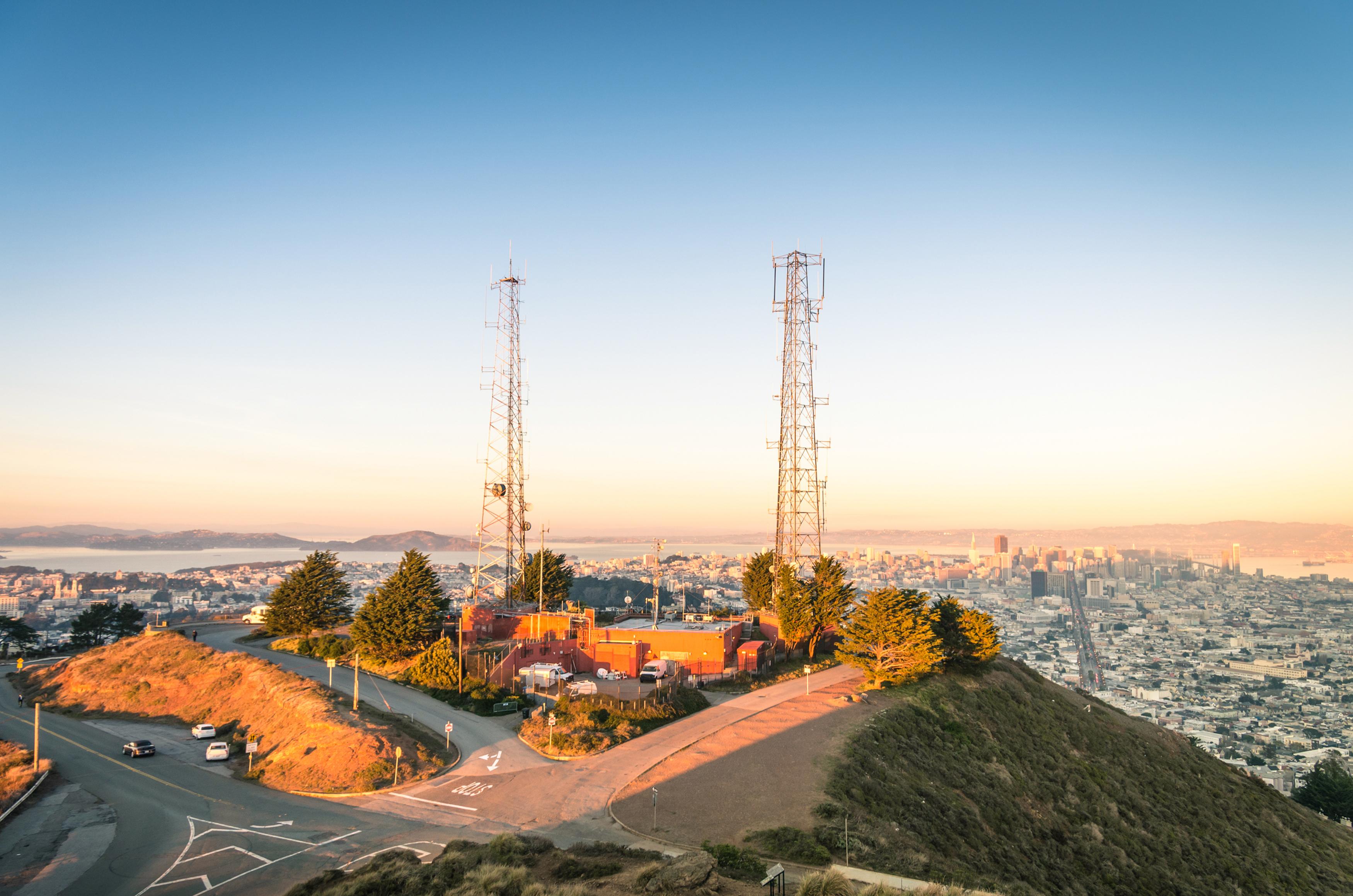美国洛杉矶 拉斯维加斯 旧金山9日跟团游(3钻)·盖蒂中心/海鲜年夜饭