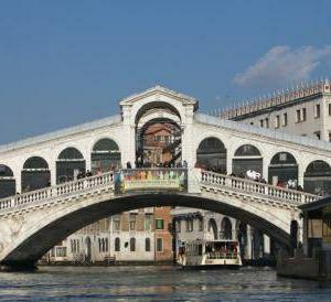 里亚托桥旅游景点攻略图