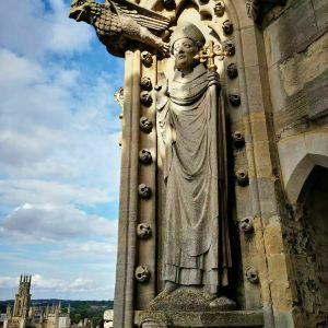 圣母玛利亚大学教堂旅游景点攻略图