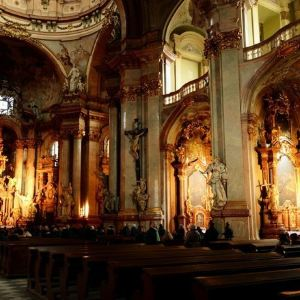 圣尼古拉斯教堂(老城广场)旅游景点攻略图