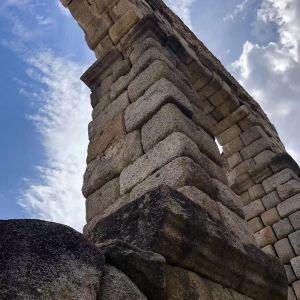 古罗马大渡槽旅游景点攻略图