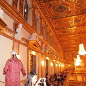 金色大厅旅游景点攻略图