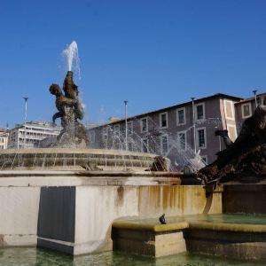 共和国广场旅游景点攻略图
