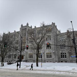 皇后大学旅游景点攻略图
