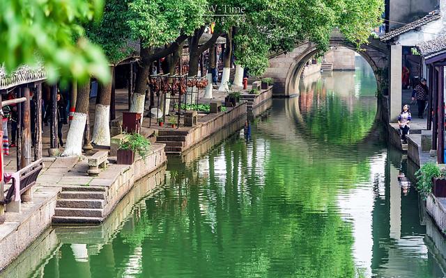 【秋游江南】一周时间,0元红叶、银杏红墙、小桥流水、江南园林、都市夜景之旅~