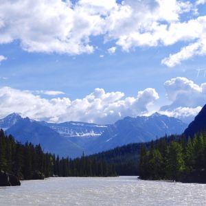 弓冰川瀑布旅游景点攻略图