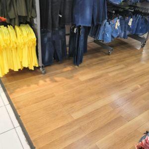 亚泰富苑购物中心旅游景点攻略图