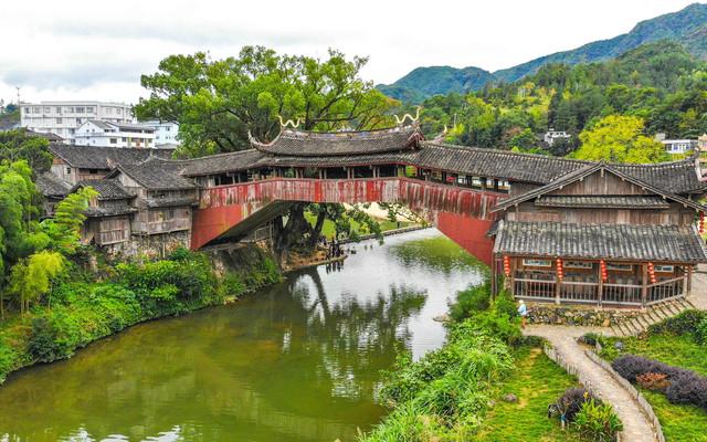 """浙江以南,走进""""千桥之乡""""泰顺,找寻""""世界最美廊桥"""""""