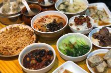 社区有这样的小店,不用煮饭太省事,南北小吃都全,经济又实惠!