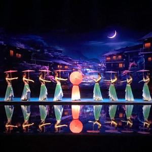 张家界游记图文-张家界千古情:带你去看一场,把张家界风光与湘西文化搬上舞台的唯美演出