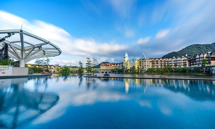Interlaken Hot Springs