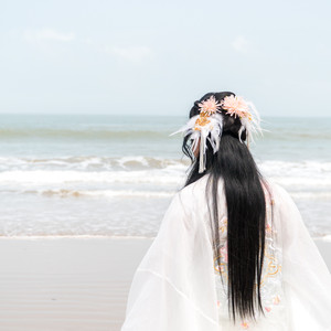 普陀山游记图文-缤纷舟山,穿上汉服去旅行,在海天一色间体验轻纱薄袖的飘逸