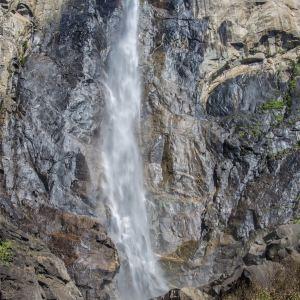 新娘面纱瀑布旅游景点攻略图