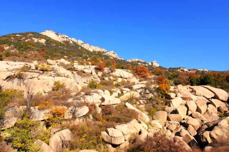 Yi Mountain1