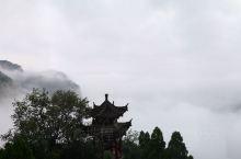 云台山,国道旁边的美景
