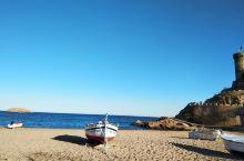在赫罗纳东望地中海,西班牙