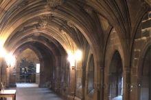 最美的图书馆,没有之一。值得大家去看一看,带孩子去看看更是一个不错的选择