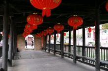 富川的风雨桥跟三江的不一样,比较短,这座岔山村的兴隆桥是清朝建的,很漂亮。