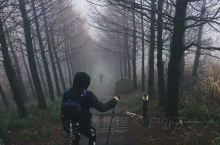 下雨大雾天徒步登东白山作孽哦