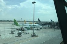 我在Soekarno-Hatta International Airport (CGK)