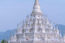 云南边陲小城里的绝美银塔,让你魂穿泰国