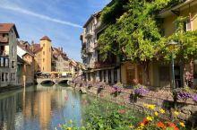 法国阿尔卑斯山区最美丽的小镇安纳西