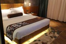 喆啡酒店(天津滨海国际机场登州路地铁站店) 看到网上评价很不错,抱着试试看的心态在携程预订了3晚。虽