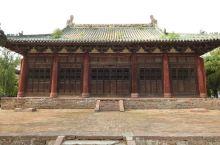 河南襄城文庙,创建于唐太宗贞观二年(公元628年),规模难以稽考。金初遭兵火之后,几乎成为废墟。明洪