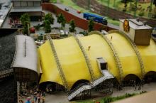 在展馆中还特别为汉堡市设置了一个按原比例缩建的易北爱乐音乐厅,这是汉堡最知名的地标建筑之一,也是世界