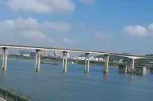 鸭绿江下游,丹东新城区江边美景