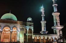 寻……!沙甸大清真寺夜景……