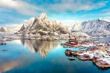 """除了这些群山峻岭,挪威还有唯美的一面。 要说起挪威的""""门面担当"""",那一定要说罗弗敦群岛。 整个群岛都"""