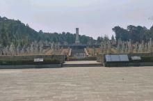 松山战役旧址上的中国远征军纪念碑