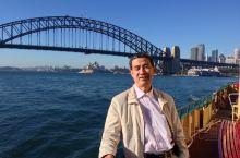 """悉尼海港大桥,悉尼大桥被当地居民称为""""衣服架"""",从"""