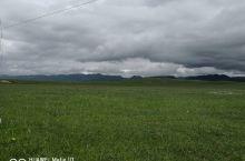 草原美景,云层低的可以摸到了!大家想去吗?