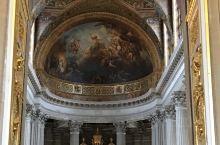 法国巴黎罗浮宫和凡尔赛宫