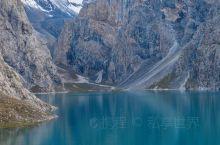夏日徒步新疆最美古道乌孙,探寻天山的秘密